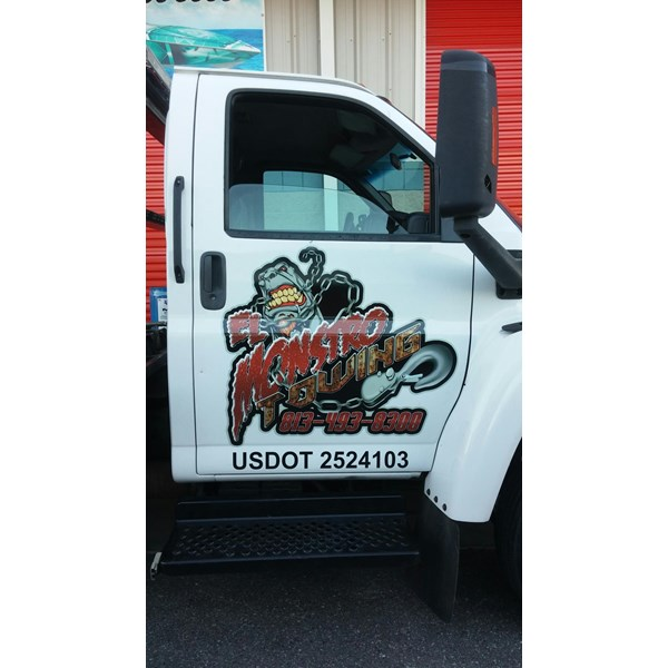 El Monstrol Towing Logo and Cut Lettering